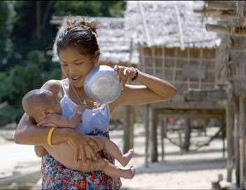 Birmanie, à l'ombre des derniers nomades des mers