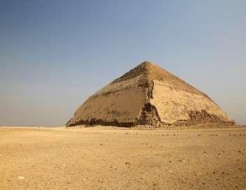À l'aube des pyramides