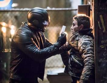 Arrow L'ombre des armes