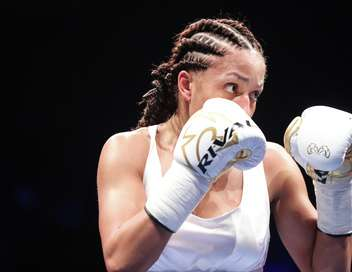 World Boxing Tour Estelle Yoka-Mossely/Lucy Wildheart