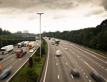 Enquête d'action Chauffards, voleurs et trafiquants : les hors-la-loi de l'autoroute