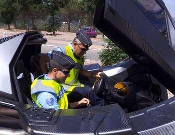 Enquête sous haute tension 100 jours avec les gendarmes de l'autoroute des vacances