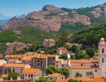 Zone interdite Un été en Corse