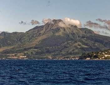 L'archipel aux volcans Montagne Pelée, volcan sous haute surveillance