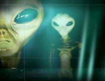 Au coeur de l'étrange OVNI, extraterrestres : sont-ils vraiment parmi nous ?/OVNI, les nouvelles preuves