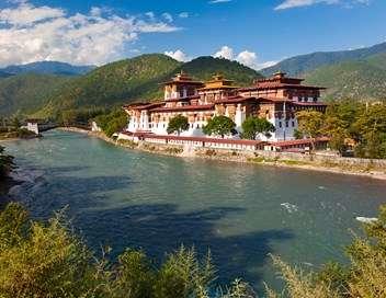 Enquête exclusive Royaume du Bhoutan : la dictature du bonheur