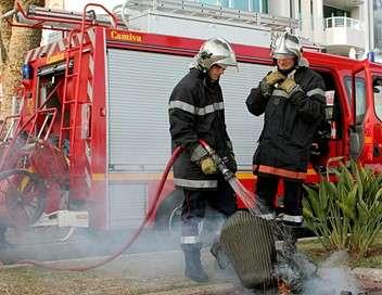 Au coeur de l'enquête 100 jours avec les pompiers du Gard