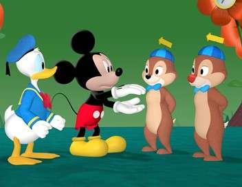 La maison de Mickey Pluto et le dinosaure