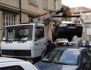 Enquête d'action Stationnement à Paris : la chasse aux voitures
