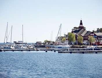 Meurtres à Sandhamn Du sang sur la Baltique