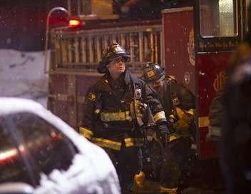 Chicago Fire Entre deux feux