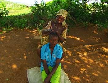 Femmes Kuria, une tradition pour une lignée