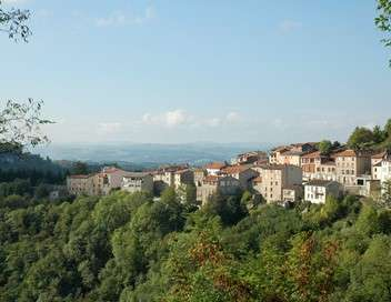 L'Auvergne, la guerre des couteaux