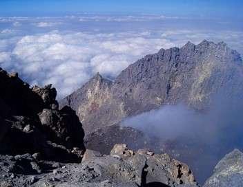 Vigilance volcanique au coeur de Java