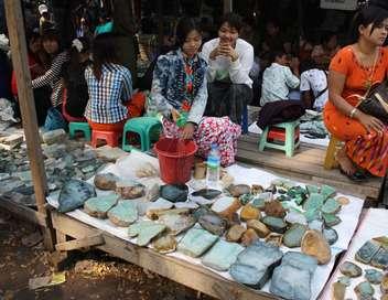 Le commerce du jade dans le Triangle d'or