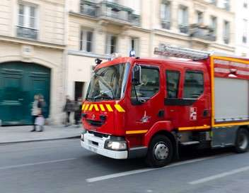 Enquête d'action Réveillon sous haute tension : avec les pompiers de Paris