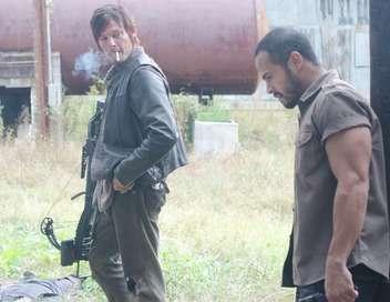 The Walking Dead Une flèche sur la porte