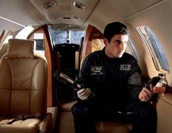 R.I.S. Police scientifique Cercueil volant