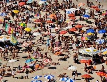 Enquête exclusive Plages, soleil et fiesta : un été brûlant au Portugal
