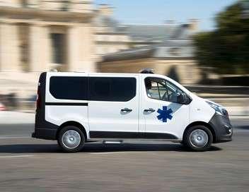 Au coeur de l'enquête Accidents de la route, urgences vitales, comas : 100 jours avec le Samu de Nîmes