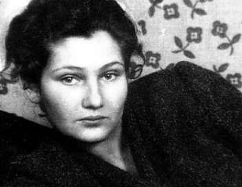 Simone Veil, une histoire française