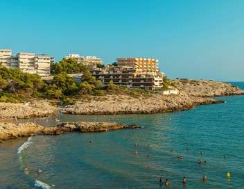 Enquête d'action Vacances en Espagne : la destination de tous les excès
